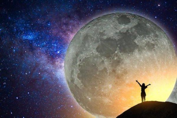 Calendrier Nouvelle Lune 2019.Pleine Lune 2019 Dates Et Horaires Precis Calendrier